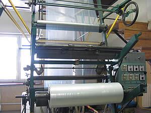 Wyroby foliowe - folia, folie, worki foliowe, torebki, reklamówki, folia LDPE i PP, rękawy foliowe, półrękawy, folia termokurczliwa, perforowana, taśmy foliowe, zgrzewanie opakowań